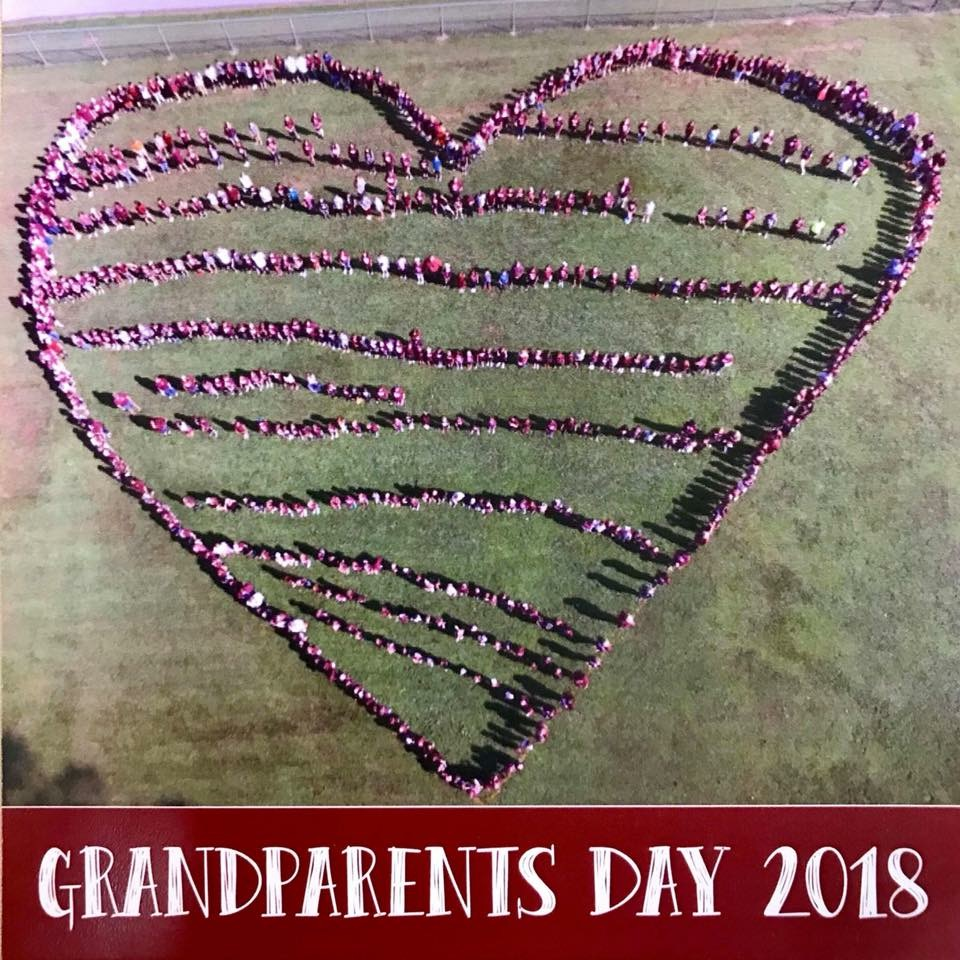 PES Students Displaying Their Love for Grandparents/Grandfriends